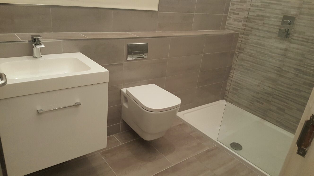 full bathrooms. With Over 2000 Full Makeovers Completed On Time And Budget. Ranging From Traditional Roll Top Baths In Belfast\u0027s Oldest Buildings To Wet Rooms 21st Bathrooms